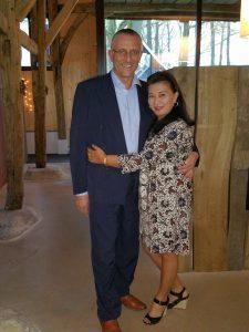 Eigenaar Gerhard met zijn partner Nina